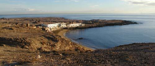 The bay at Cabron is sheltered from the prevailing winds making entry and exit safe and easy